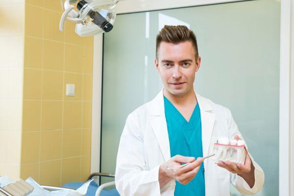 Burnos chirurgija