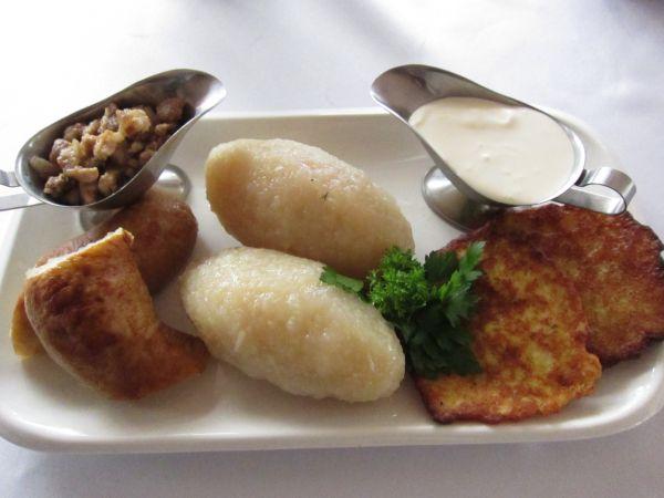 """Įvairių tautų maisto degustacijos """"Karališkoje Senojoje Kibininėje"""""""