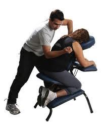Kaklo, pečių ir nugaros procedūra specialioje kėdėje