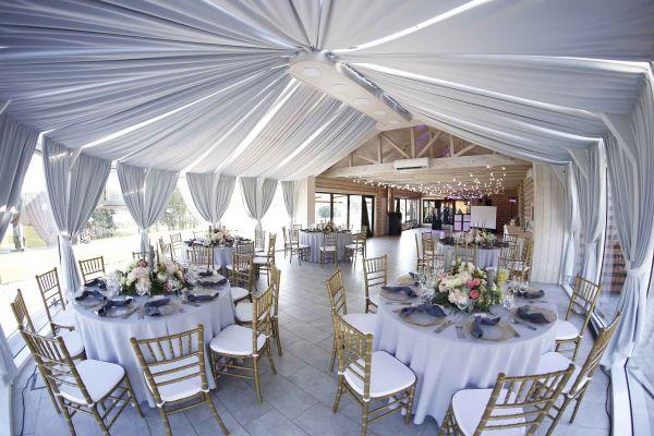 Atnaujinta vestuvių renginių salė 80 vietų