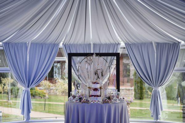 Vestuvių šventės dekoravimas, desertai