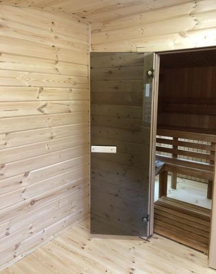 Saunos durys