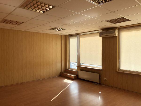Nuoma 60 m2 erdvės - 2 kabinetai