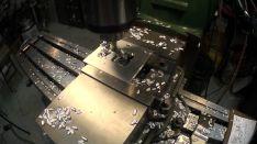 Gręžimas universaliais metalo apdirbimo įrengimais