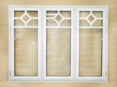 Skandinaviško profilio mediniai langai