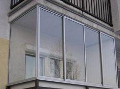 Rėminis balkonų stiklinimas aliuminiu
