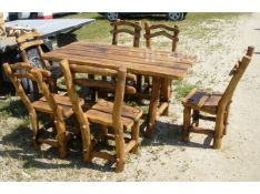 įvairiaus dizaino lauko baldai