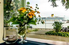 Kavinė su vaizdu į Klaipėdos uostą