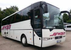 Baltas autobusas