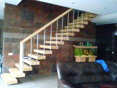 konsoliniai laiptai