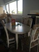 Valgomojo stalas su kėdėmis