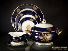 Klasikinis porcelianinis pietų servizas