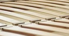 Lovų grotelės – lamelės  Lenktos bei tiesios detalės lovų dugnams  Matmenys (ilgis): 500 - 1590 mm.  Matmenys (plotis): 25 – 100 mm.  Storis: 8; 10; 12 mm ir kt.  Radiusas: R 3,5; 4; 7; 8.  Rūšys: I/I ir kt.