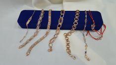 Auksinių, sidabrinių - grandinėlių, apyrankių prekyba.