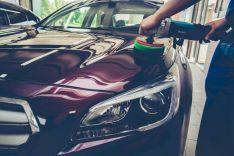 Automobilio spalvos atnaujinimas, poliravimas