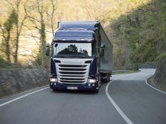Pilnų ir dalinių krovinių pervežimas Baltijos šalyse ir Vakarų Europoje.