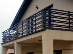 Balkonų turėklai iš aliuminio
