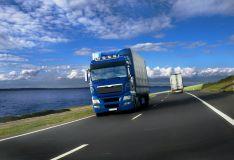 """Gabename krovinius """"nuo durų iki durų"""" visomis pagrindinėmis transporto rūšimis."""