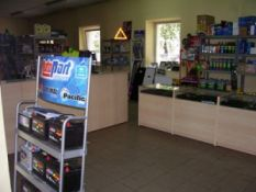 Autodalių parduotuvė