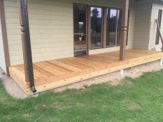 Medinių terasų įrengimas