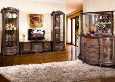 Klasikiniai svetainės baldai Lui