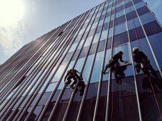 Aukštuminis langų valymas