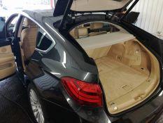 Automobilių salonų valymas