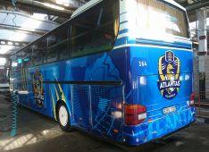 Reklama ant autobusų