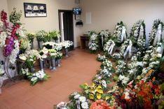 Gėlės, vainikai