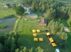 Dienos, savaitgalio stovyklavimas(pirtis, kubilas, krepšinis, tinklinis, žaidimų aikštelės, pavėsinės)