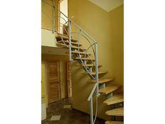 Metalinių laiptų, turėklų gamyba pagal individualius užsakymus.