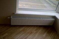 Šildymo prietaisų (radiatorių) keitimas.