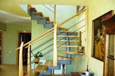 Vidaus laiptai 2