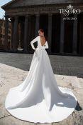Tesoro Avellino suknelė