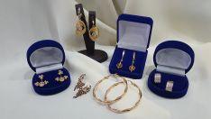 Auksinių auskarų prekyba, remontas