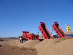 Prekyba smėliu, žvyru, skalda, juodžemiu, gruntu Šiaulių apskrityje – pristatymas