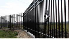 Metalinės strypų tvoros