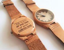 Medinis laikrodis su individualiu graviravimu