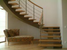 Laiptai,turėklai