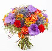 Ryški gėlių puokštė