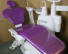 Medicininių kėdžių ir gultų apmusimas specialia oda