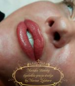 Lūpų ilgalaikis makiažas