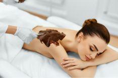 Procedūra visam kūnui su šokolado kosmetiniu kremu