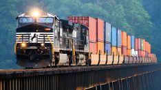 Krovinių gabenimas autotraukiniais