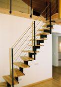 Erdvę taupantys laiptai