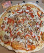 Pica su kumpiu ir grybais