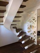 Laiptai ant metalo