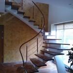 Laiptai, laiptų pakopos, karkasai, turėklai