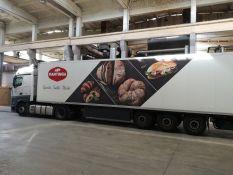Reklama ant sunkvežimių