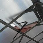 Automatinis šiltnamio stoglangio atidarytuvas